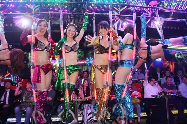 Hộp đêm của Zakuza tại Nhật
