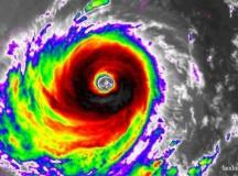 Các trường học, xí nghiệp ở Đài Loan phải đóng cửa vì siêu bão đổ bộ