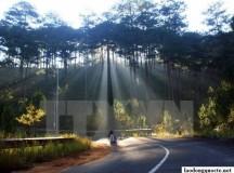 Bắc Bộ đan xen mưa và nắng trong ngày đầu tuần, Nam Bộ dịu nắng