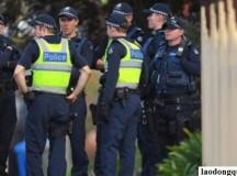 2 người Việt bị phong tỏa 1 triệu AUD ở Úc