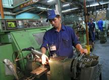 Xuất khẩu lao động Đài Loan – Đơn hàng ốc vít Quan Điền